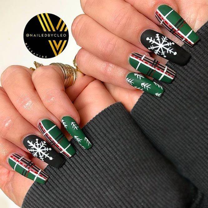 Classic Matte Plaid Nails