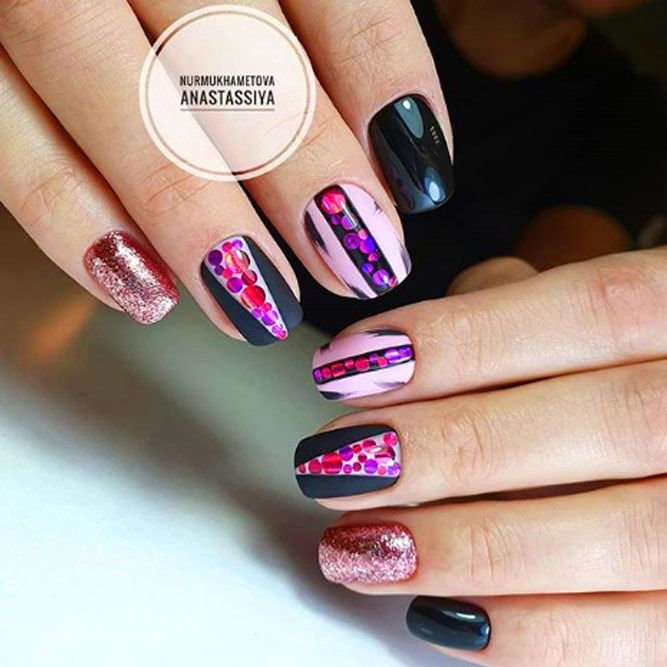 Glitter Triangles Accent On Nails