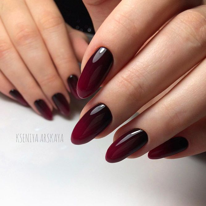Marron and Black Ombre Nails