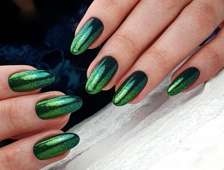 Elegant Emerald Green Nails Designs For You