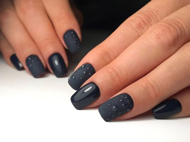 Totally Cool Black Nails Designs Inspired by Notable Runway Moments