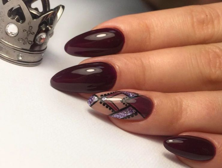 Fantastic Burgundy Nails For Super Stylish Ladies
