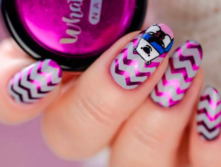 Amazing Ideas of Chevron Pattern Nails to Create Your Next Mani