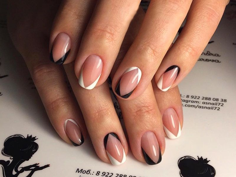 Captivating Designs for French Tip Nails To Try Right Now