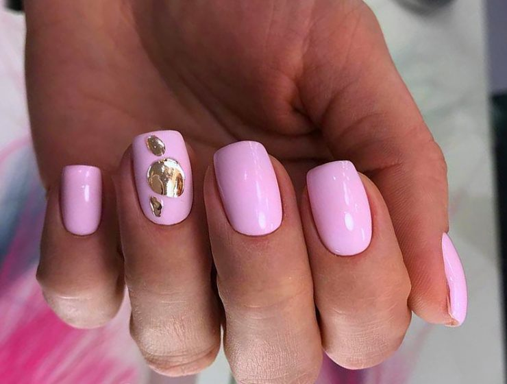 Ideas for Light Pink Nails to Finish Feminine Look