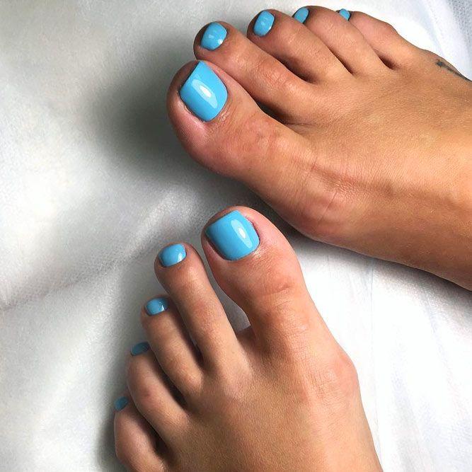 Light Blue Color For Toe Nails