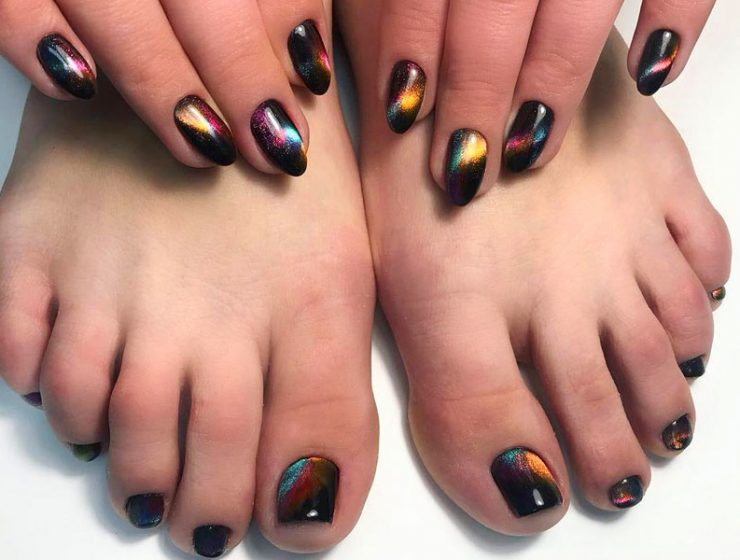 Learn How To Do Manicure And Pedicure In No Time
