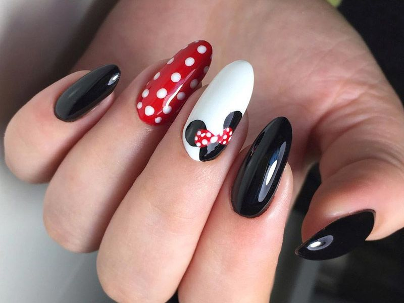 Lovely Mickey Mouse Nails Art Tutorials You'll Want to Try