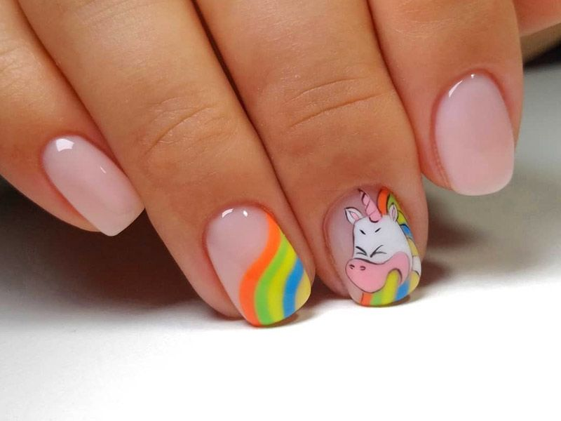 Unique And Flawless Rainbow Nails Ideas